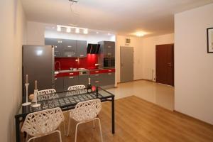 Kuchnia połączona z jadalnią w mieszkaniu